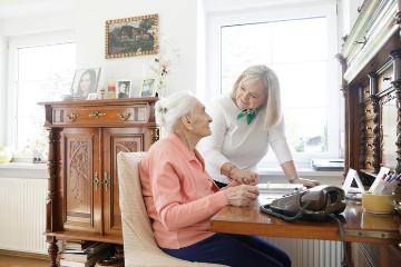 Dlaczego warto podnosić kwalifikacje w pracy Opiekunki?